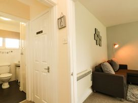 3 Dolphin Court - Devon - 1004903 - thumbnail photo 6