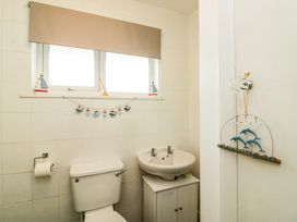 3 Dolphin Court - Devon - 1004903 - thumbnail photo 8