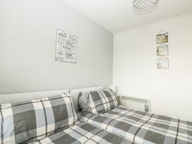 3 Dolphin Court - Devon - 1004903 - thumbnail photo 21