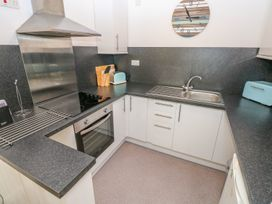 5 St. Marys Court - South Wales - 1004925 - thumbnail photo 6