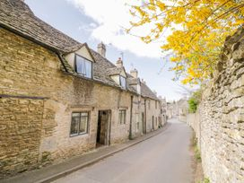 16 Friday Street - Cotswolds - 1005019 - thumbnail photo 2