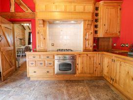 Woodland Lodge - Peak District - 1005401 - thumbnail photo 8