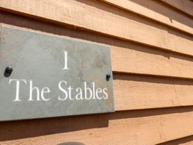 1 The Stables - Isle of Wight & Hampshire - 10062 - thumbnail photo 3