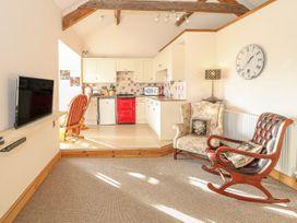 Bay View Apartment - North Wales - 1006438 - thumbnail photo 5
