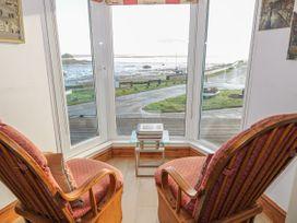 Bay View Apartment - North Wales - 1006438 - thumbnail photo 9