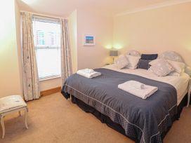 Bay View Apartment - North Wales - 1006438 - thumbnail photo 12