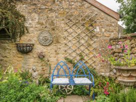 King Charles Cottage - Dorset - 1006503 - thumbnail photo 35