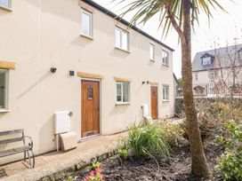 9 Malthouse Court - Somerset & Wiltshire - 1006566 - thumbnail photo 2