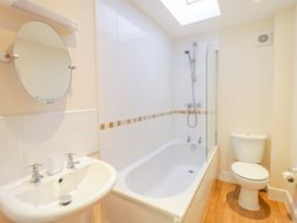 9 Malthouse Court - Somerset & Wiltshire - 1006566 - thumbnail photo 15