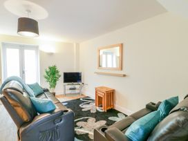 9 Malthouse Court - Somerset & Wiltshire - 1006566 - thumbnail photo 3