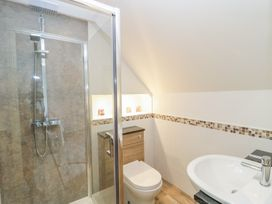 30 West Street - Somerset & Wiltshire - 1006817 - thumbnail photo 11