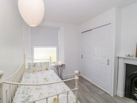 30 West Street - Somerset & Wiltshire - 1006817 - thumbnail photo 22