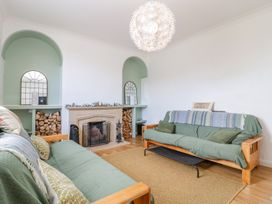 30 West Street - Somerset & Wiltshire - 1006817 - thumbnail photo 3