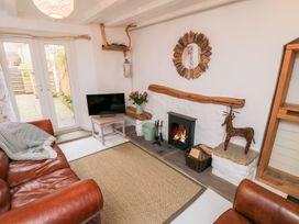 Bramble Cottage - Whitby & North Yorkshire - 1007125 - thumbnail photo 3