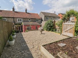 Bramble Cottage - Whitby & North Yorkshire - 1007125 - thumbnail photo 20