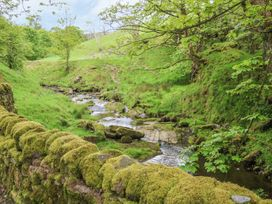 Squirrels Leap - Lake District - 1007205 - thumbnail photo 15