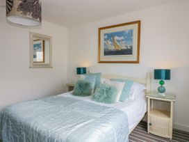 Blue Bay Beach House - Cornwall - 1007604 - thumbnail photo 32