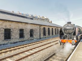 Premier, Transit & Lady Hilda @ Engine Shed - Whitby & North Yorkshire - 1007892 - thumbnail photo 2