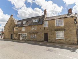 4 bedroom Cottage for rent in Beaminster