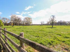 Ardsley Cottage - Longford Hall Farm Holiday Cottages - Peak District - 1008093 - thumbnail photo 25