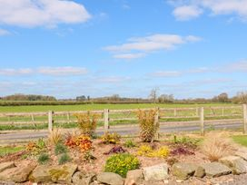 Ardsley Cottage - Longford Hall Farm Holiday Cottages - Peak District - 1008093 - thumbnail photo 26