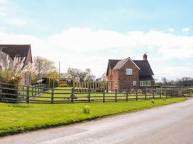 Ardsley Cottage - Longford Hall Farm Holiday Cottages - Peak District - 1008093 - thumbnail photo 24