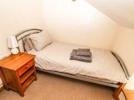 Barkalot Cottage - North Wales - 1008517 - thumbnail photo 17