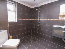 1 Poplar Terrace - Mid Wales - 1008673 - thumbnail photo 23