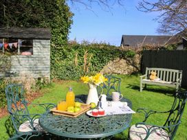 Amelie Cottage - Anglesey - 1008687 - thumbnail photo 12