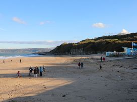 The Beach Pad - Anglesey - 1008715 - thumbnail photo 21