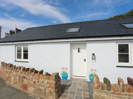 1 bedroom Cottage for rent in Llanfairpwllgwyngyll