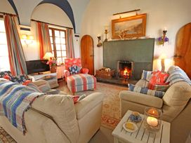 3 bedroom Cottage for rent in Rhoscolyn