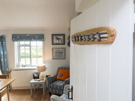 Borth Arian - Anglesey - 1008731 - thumbnail photo 18