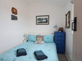 Borth Arian - Anglesey - 1008731 - thumbnail photo 25