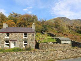 Bron Wyddfa - North Wales - 1008735 - thumbnail photo 2