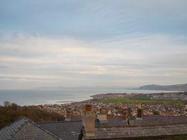 Bryn Tirion - Penrhynside - North Wales - 1008745 - thumbnail photo 20
