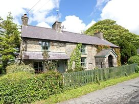 Buck Cottage - Anglesey - 1008747 - thumbnail photo 1