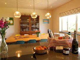 Cae'r Borth - Anglesey - 1008757 - thumbnail photo 6