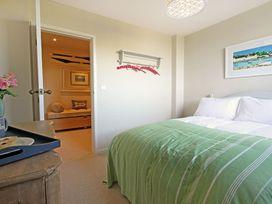 Cae'r Borth - Anglesey - 1008757 - thumbnail photo 12