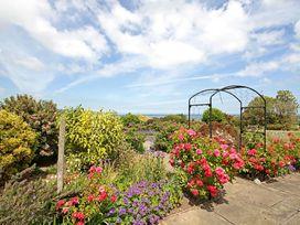 Cae'r Borth - Anglesey - 1008757 - thumbnail photo 41