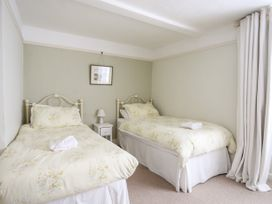 Church Cottage - Anglesey - 1008777 - thumbnail photo 22