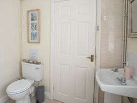 Coach House - Anglesey - 1008780 - thumbnail photo 17