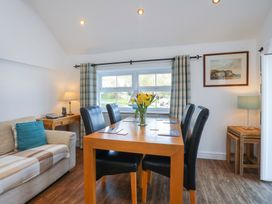 3 The Coach House - Penthouse Apartment - Anglesey - 1008782 - thumbnail photo 7