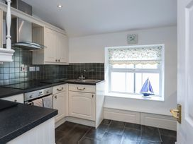 3 The Coach House - Penthouse Apartment - Anglesey - 1008782 - thumbnail photo 11