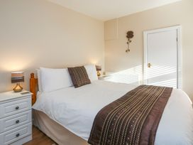 3 The Coach House - Penthouse Apartment - Anglesey - 1008782 - thumbnail photo 14