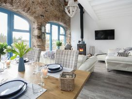 Ty Coets (The Little Coach House) - Anglesey - 1008785 - thumbnail photo 15
