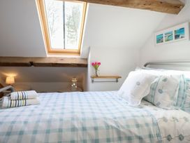 Ty Coets (The Little Coach House) - Anglesey - 1008785 - thumbnail photo 32