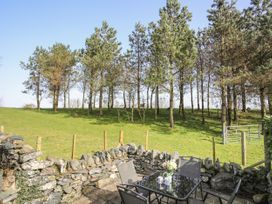 Bryn Eira Tack Room - Anglesey - 1008818 - thumbnail photo 11