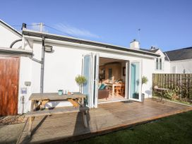 Farm Cottage - Anglesey - 1008823 - thumbnail photo 20
