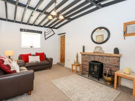 Farm Cottage - Anglesey - 1008823 - thumbnail photo 7